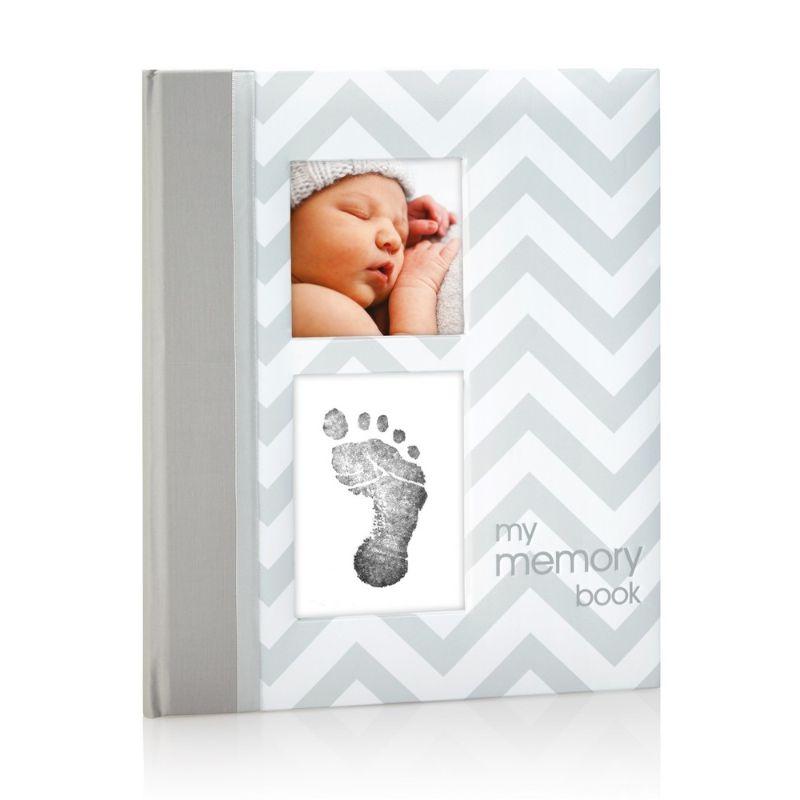baby-fair Pearhead Babybook - Chevron Grey