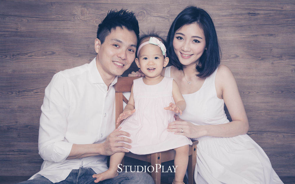 baby-fairStudioPlay Family Photography + FREE Customised 5
